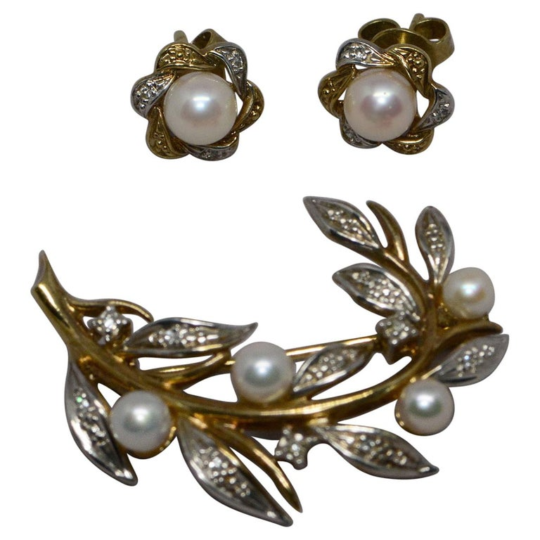Floral Cultured Pearl and Diamond 9 Karat Gold Brooch and Earrings For Sale