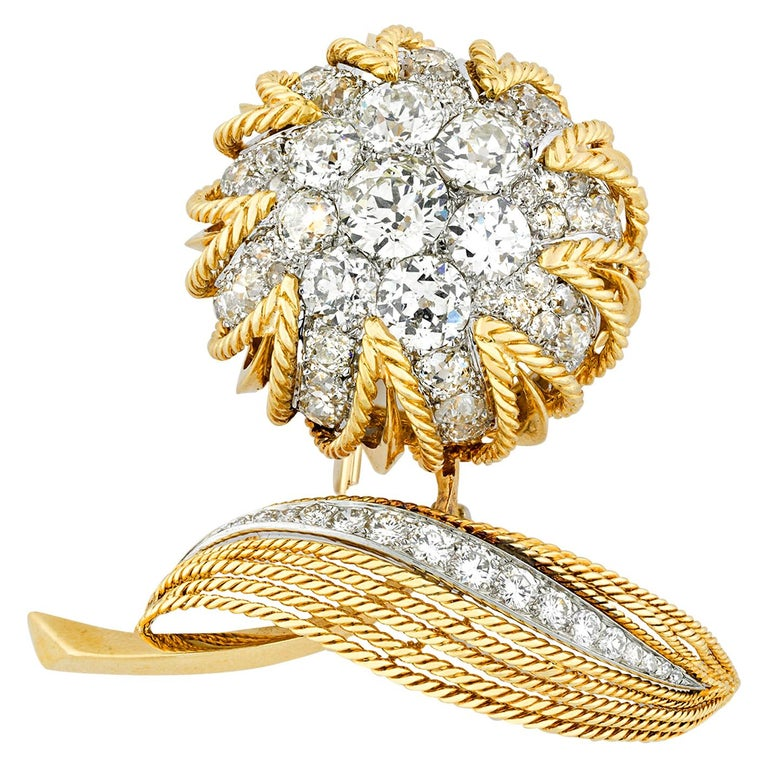 Floral Diamond and Gold Brooch by Van Cleef & Arpels, 18.00 Carat For Sale