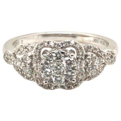 Floral Round Diamond Fashion Ring