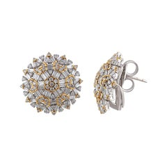 Floral Stud Earrings in Diamonds and 18 Karat Gold