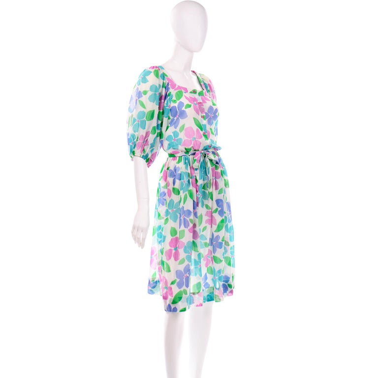 Gray Vintage Albert Nipon Sheer Floral Dress With Sash Belt & Gathered Sleeves For Sale