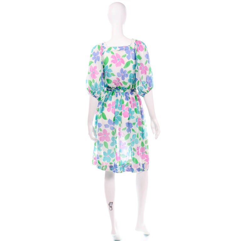Vintage Albert Nipon Sheer Floral Dress With Sash Belt & Gathered Sleeves In Excellent Condition For Sale In Portland, OR