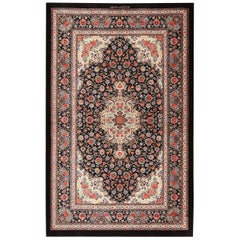 Floral Vintage Persian Silk Qum Medallion Rug. 3 ft 7 in x 5 ft 7 in