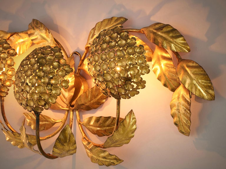 European Floral Wall Light in Brass For Sale