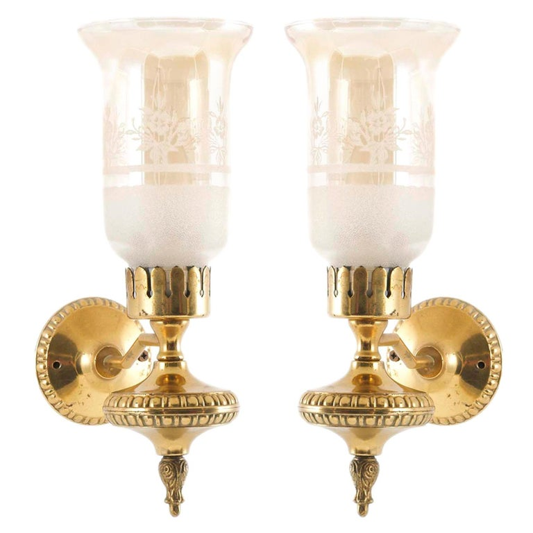 Florence 1940s Art Deco Wall Sconces Attributed to Bruno Chiarini, Murano Glass For Sale