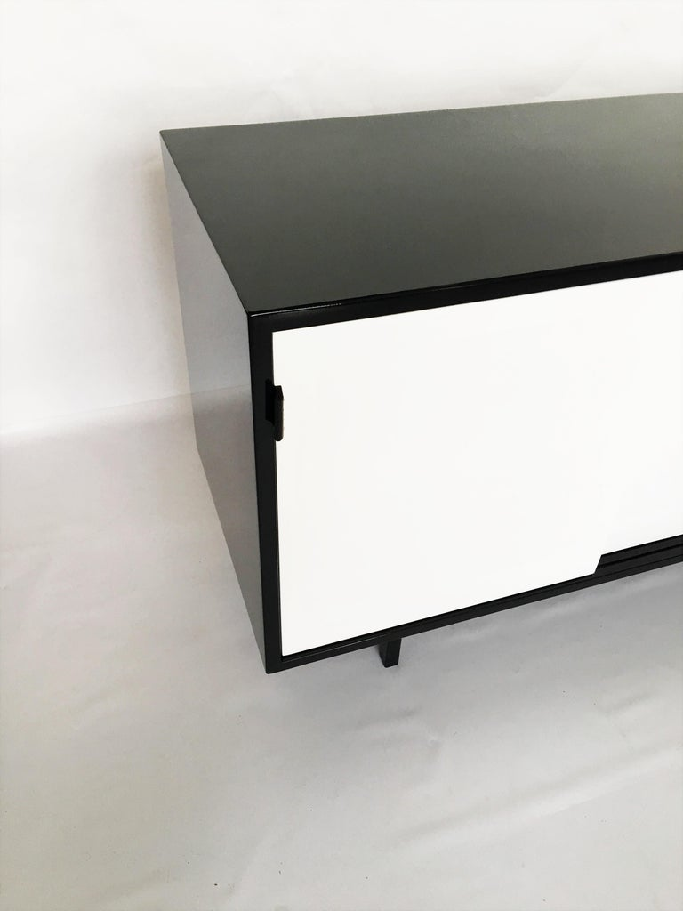 American Florence Knoll Black and White Lacquered Credenza For Sale