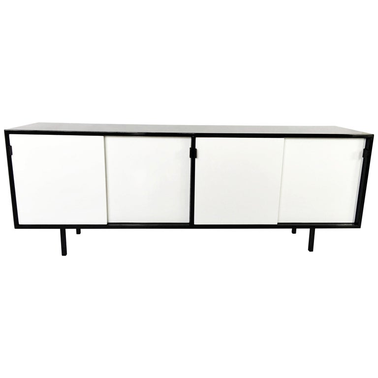 Florence Knoll Black and White Lacquered Credenza For Sale