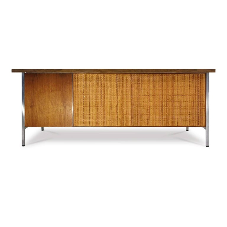 Florence Knoll Caned Executive Desk, circa 1960 In Good Condition For Sale In Los Angeles, CA
