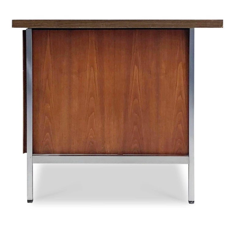 Florence Knoll Caned Executive Desk, circa 1960 For Sale 2