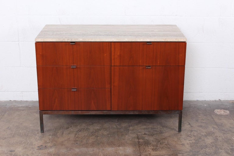 Florence Knoll Credenza In Good Condition For Sale In Dallas, TX