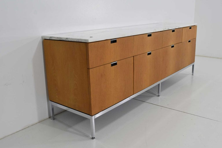 Mid-Century Modern Florence Knoll Credenza in White Oak and Calacutta Marble For Sale