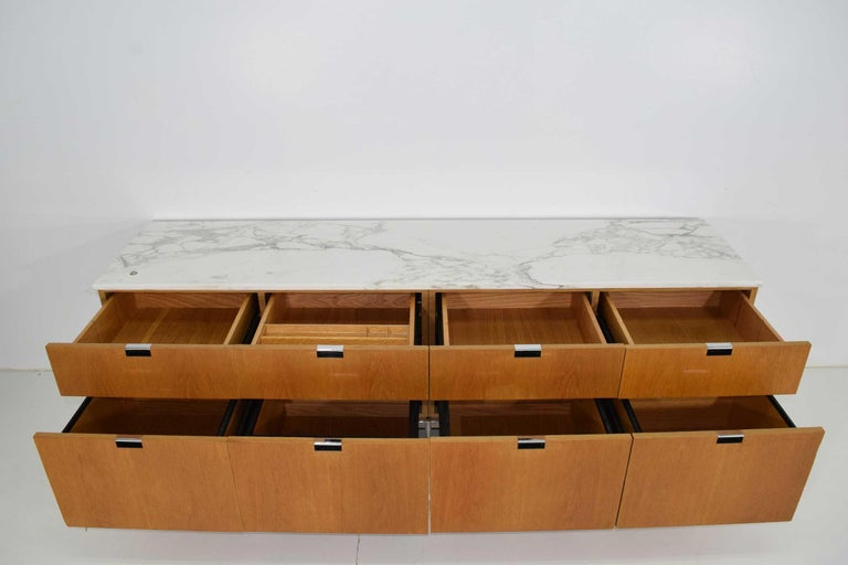 Florence Knoll Credenza in White Oak and Calacutta Marble For Sale 1