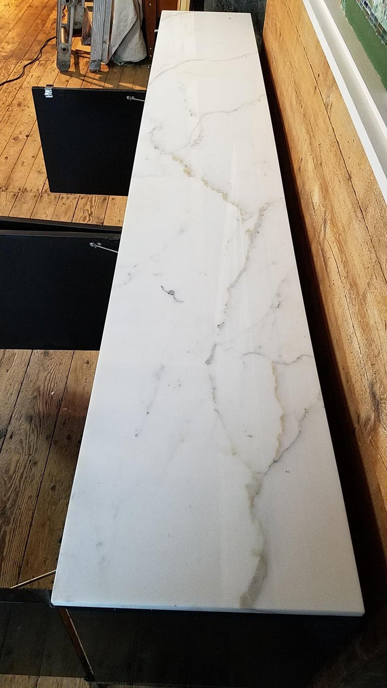 Florence Knoll Credenza / Sideboard Original Calacatta Marble Top 1961 For Sale 3