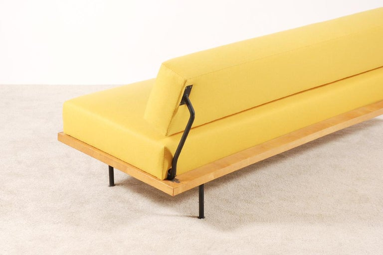 Lacquered Florence Knoll, Daybed for Knoll International, circa 1950 For Sale