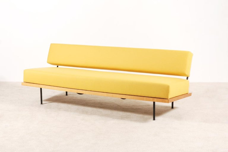 Florence Knoll, Daybed for Knoll International, circa 1950 In Excellent Condition For Sale In Paris, FR