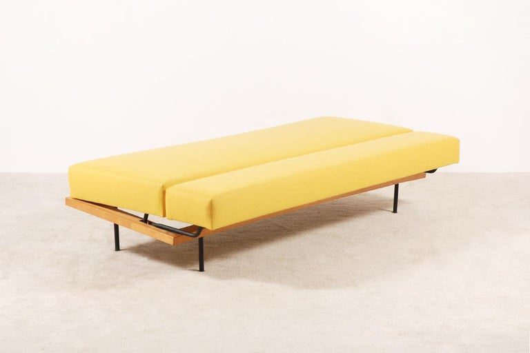 Mid-20th Century Florence Knoll, Daybed for Knoll International, circa 1950 For Sale
