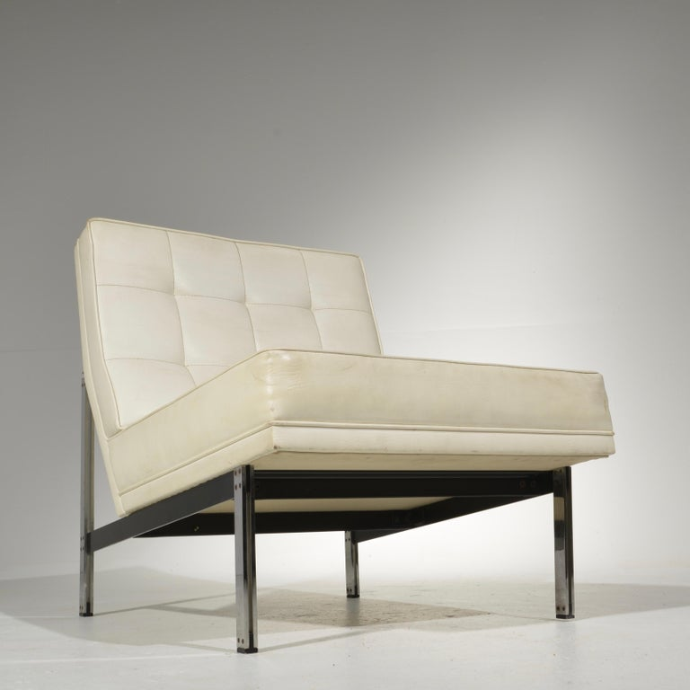 Mid-20th Century Florence Knoll for Knoll Associates Parallel Bar System Lounge Chair For Sale