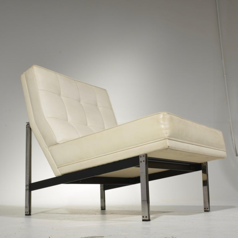 Leather Florence Knoll for Knoll Associates Parallel Bar System Lounge Chair For Sale