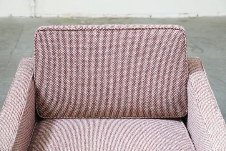 Late 20th Century Florence Knoll for Knoll International Lounge Armchair, circa 1980s For Sale