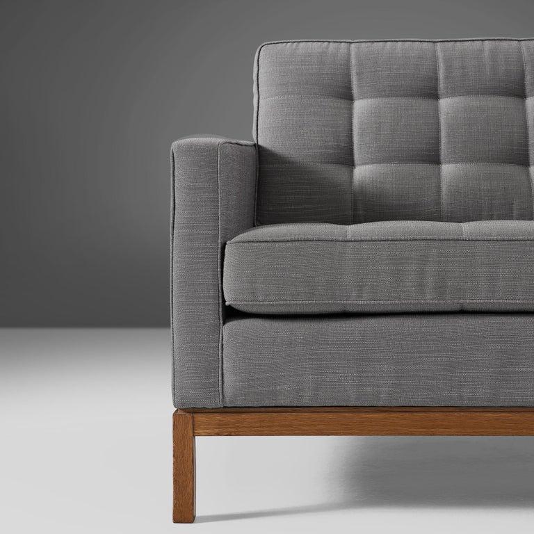 Mid-Century Modern Florence Knoll for Knoll International Sofa '2557' For Sale