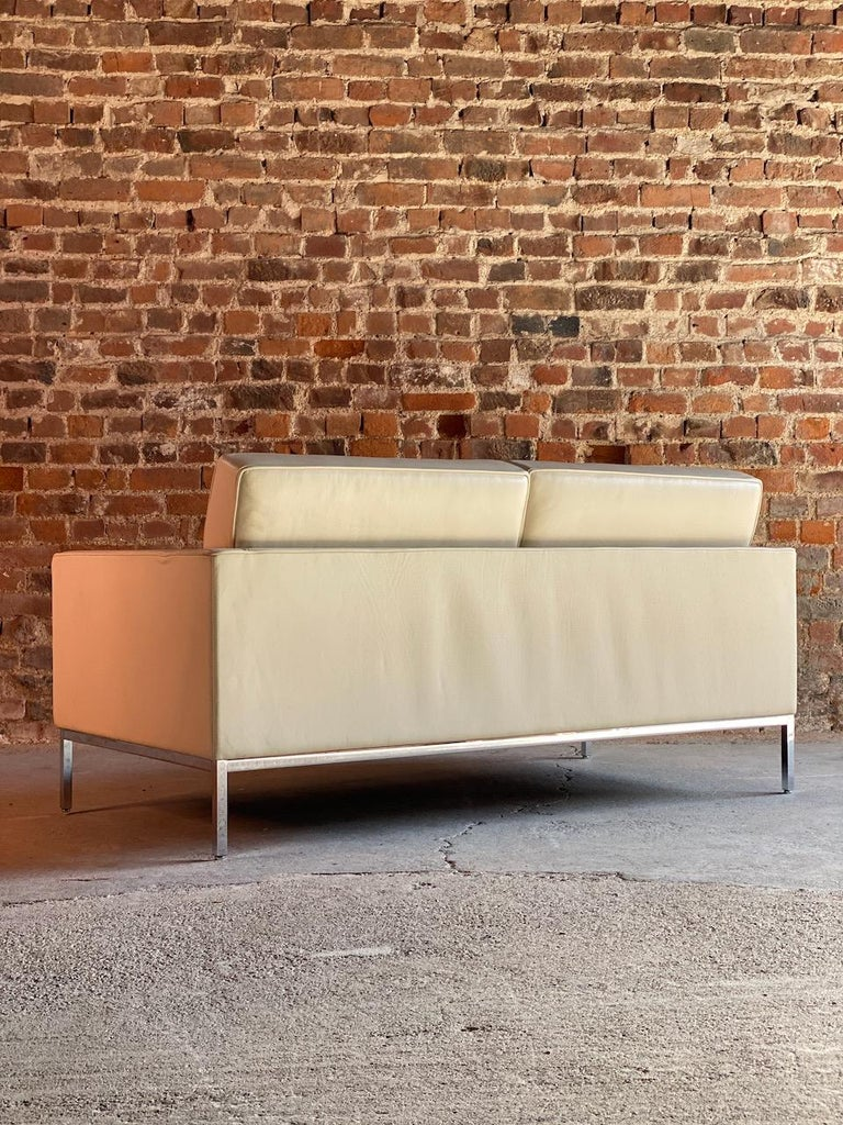 Florence Knoll Leather Sofa by Knoll Studio For Sale 1