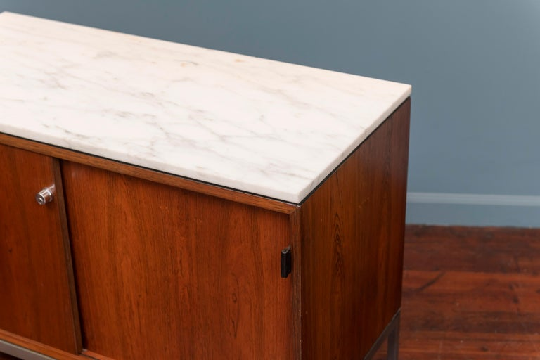 Mid-Century Modern Florence Knoll Marble-Top Rosewood Credenza For Sale
