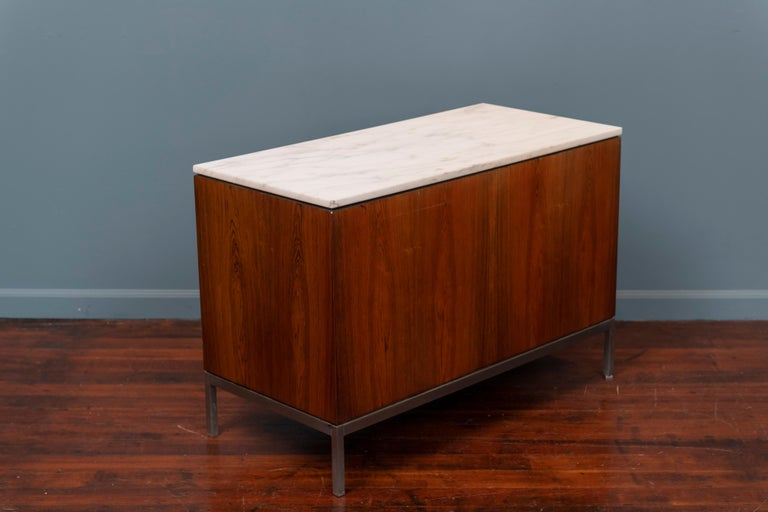 Florence Knoll Marble-Top Rosewood Credenza For Sale 1