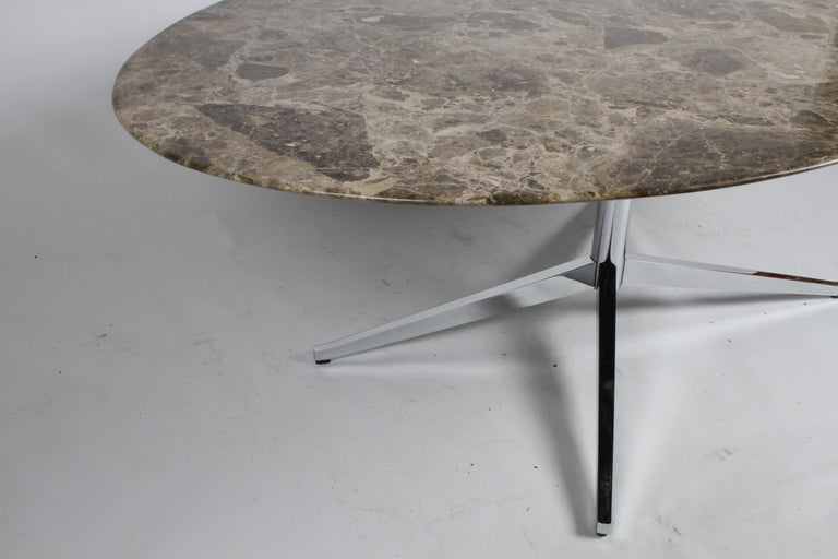 Florence Knoll Oval Emperador Marble Top Dining Table, Conference Table or Desk For Sale 4