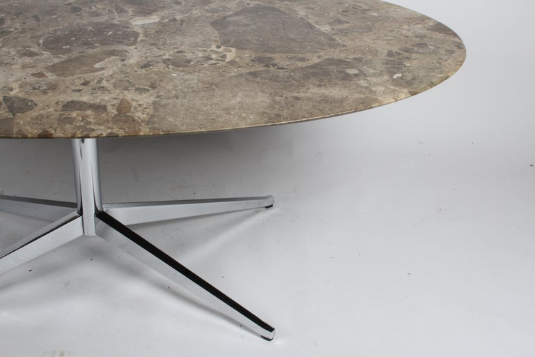 Florence Knoll Oval Emperador Marble Top Dining Table, Conference Table or Desk For Sale 1