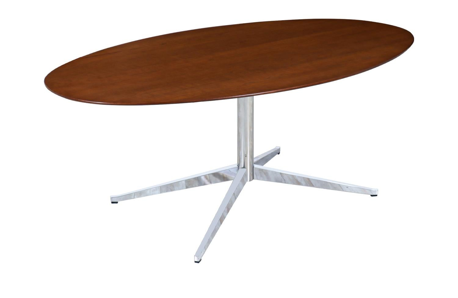 Florence Knoll Oval Dining Table / Desk for Knoll Inc.