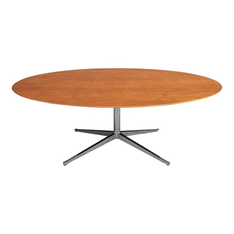 Florence Knoll Oval Table Desk in Walnut 3