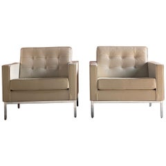 Florence Knoll Relax Leather Armchairs 1-Place, Pair by Knoll Studio, USA