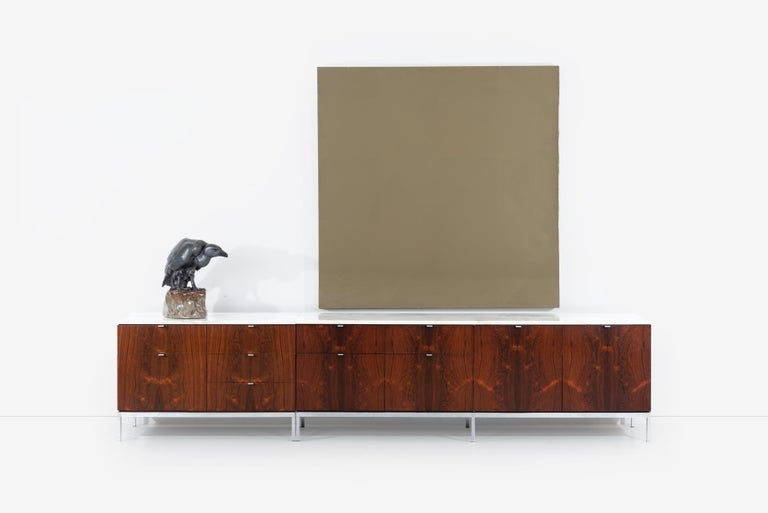 Florence Knoll Rosewood Credenza with Marble Top For Sale 5
