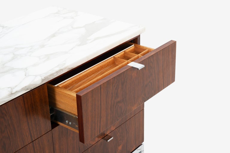 Florence Knoll Rosewood Credenza with Marble Top For Sale 2