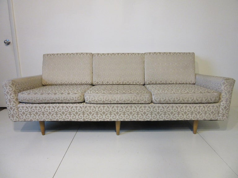 Florence Knoll Sofa for Knoll For Sale 3