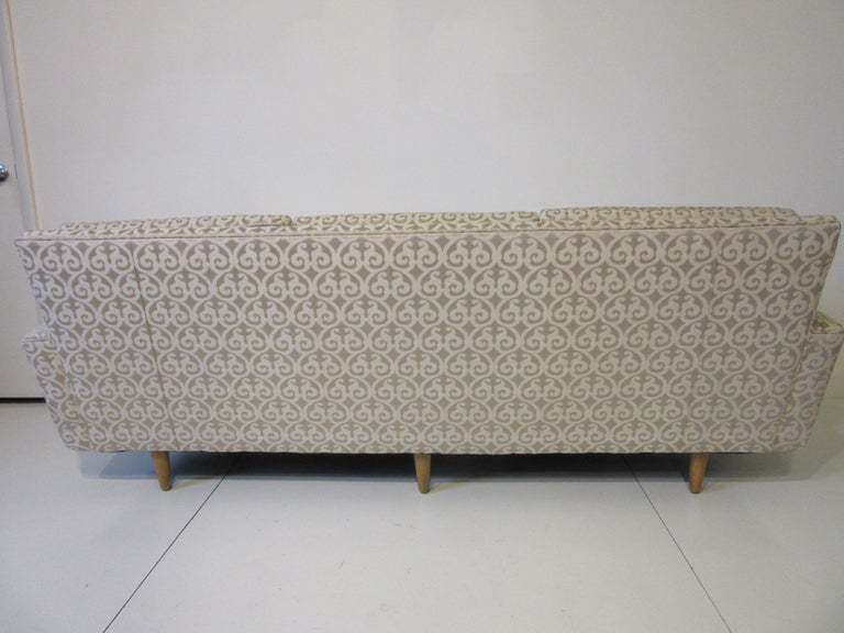 Florence Knoll Sofa for Knoll For Sale 1