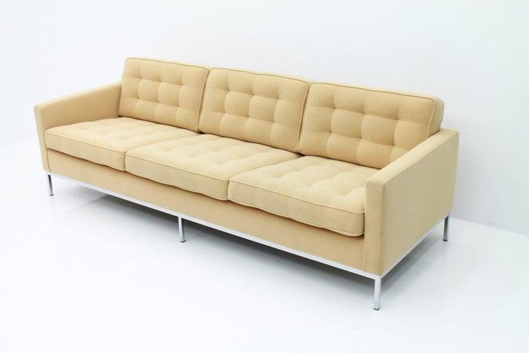 Mid-Century Modern Florence Knoll Sofa for Knoll International For Sale