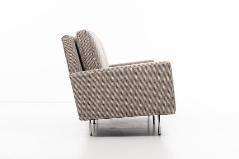 Florence Knoll Sofa In Excellent Condition For Sale In Chicago, IL