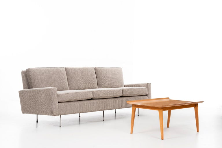 Upholstery Florence Knoll Sofa For Sale