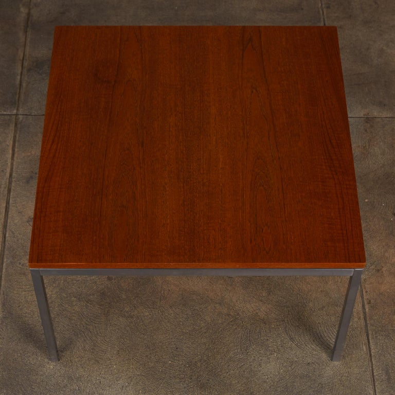 Mid-20th Century Florence Knoll Square Walnut Coffee Table For Sale