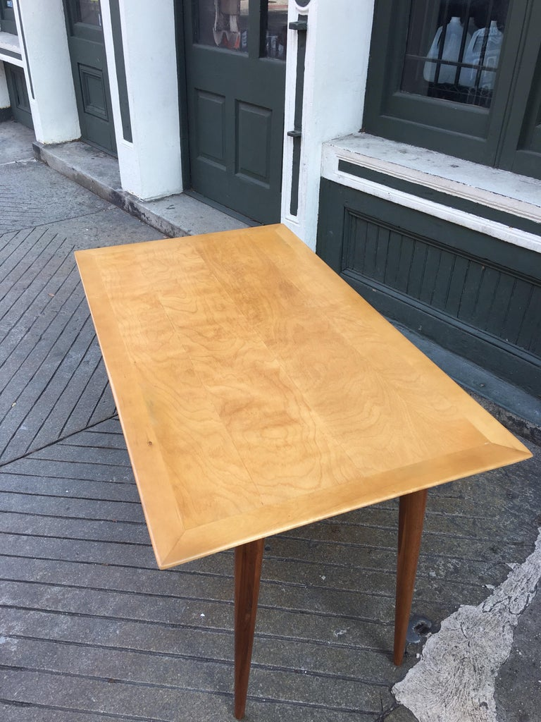 Mid-20th Century Florence Knoll Style Birch and Walnut Desk For Sale