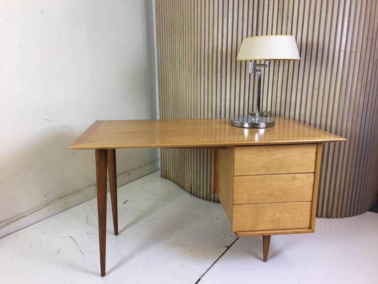Florence Knoll Style Birch and Walnut Desk For Sale 1