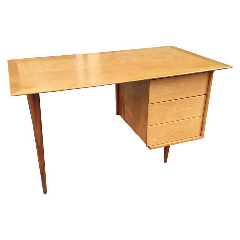 Florence Knoll Style Birch and Walnut Desk For Sale