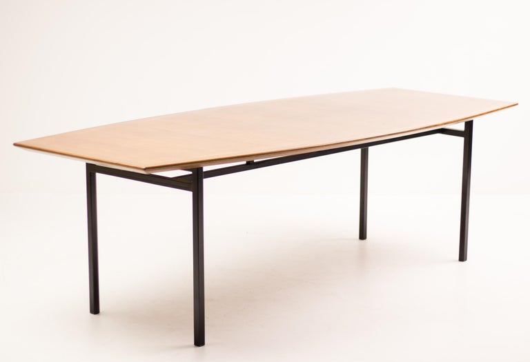 Florence Knoll Teak Model 578 Table For Sale 7