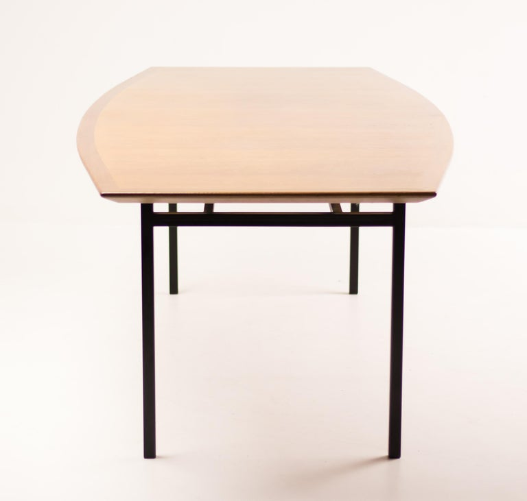 Florence Knoll Teak Model 578 Table For Sale 2