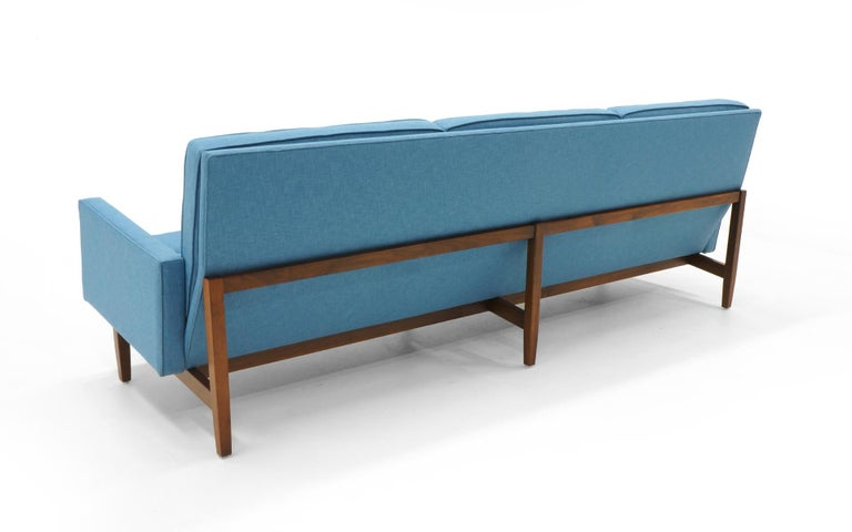 Mid-Century Modern Florence Knoll Three-Seat Sofa Walnut Frame Restored, New Blue Upholstery For Sale