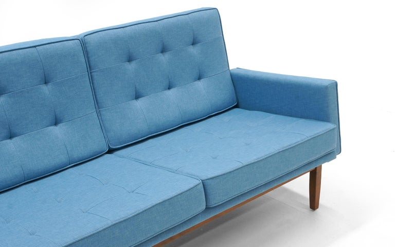 Florence Knoll Three-Seat Sofa Walnut Frame Restored, New Blue Upholstery For Sale 3
