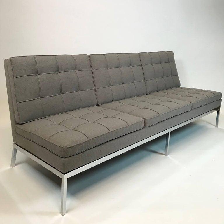 Florence Knoll Upholstered Three-Seat Armless Sofa at 1stdibs