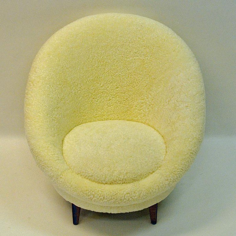 Midcentury Florida Easy chair in sheepskin from Vatne - Norway 1950s For Sale 1