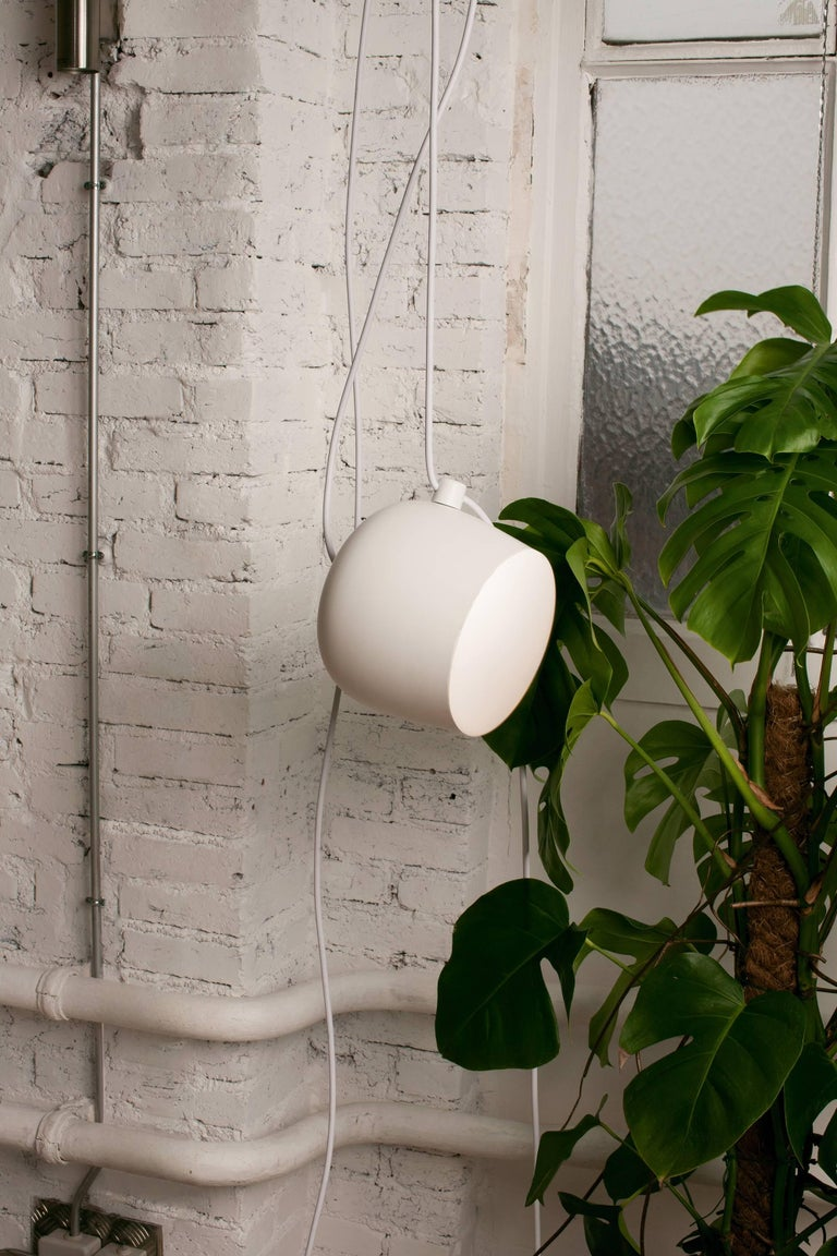 Bouroullec Modern White Plug-In Hanging Aim Pendant Light for FLOS, in stock In New Condition For Sale In New York, NY